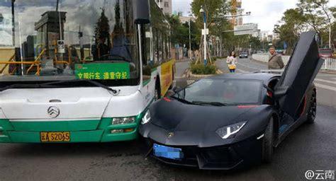 China Lamborghini Ouch Lamborghini Aventador Makes Light Contact With