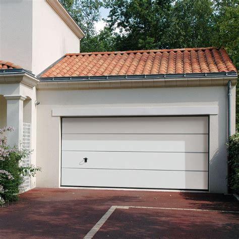 comment choisir sa porte de garage avec le configurateur