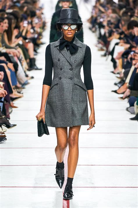 university of fashion blog learn to be a fashion designer