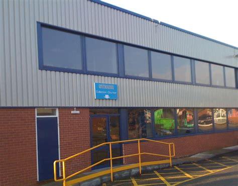 curtain walling companies uk aluminium and timber doors doors call 0118 934 4034