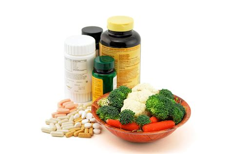 food or supplements 5 reasons to get your nutrients from food vs supplements