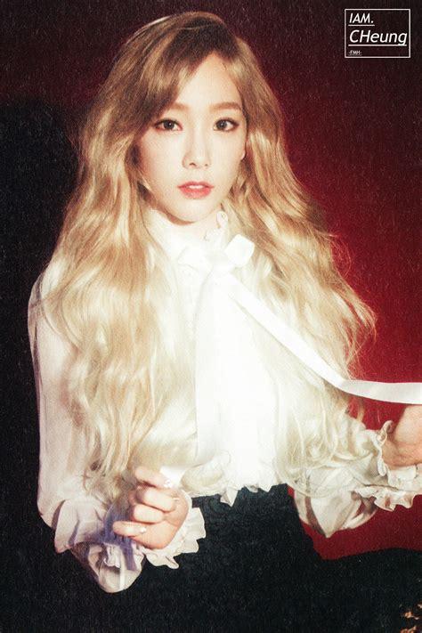 Photocard Taeyeon Dear Santa fy generation
