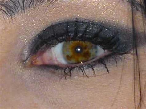 strange eye colors strange eye colour