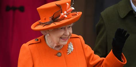 the queen of the the queen and members of the royal family attend church on christmas day 2017 the royal family