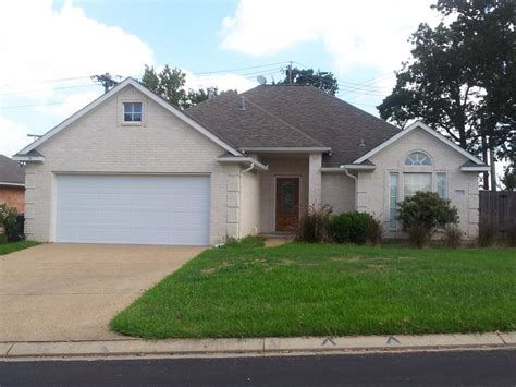 house for rent 3 bed 2 bath home in south college station