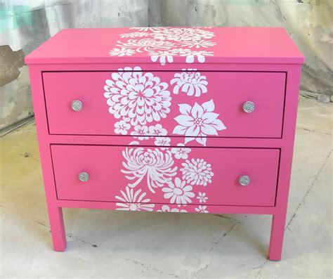 decorar un mueble sydney barton painted furniture pink nightstand with