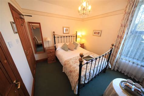 Ensuite Room by Elm Tree Lodge Guesthouse High Quality B B Accommodation