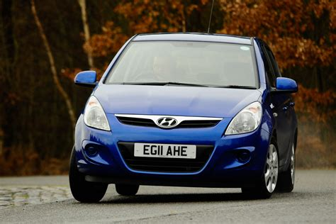 blue pictures hyundai i20 blue pictures auto express