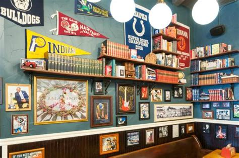 Sandwich Shop Decor by Counter Picture Of Potbelly Sandwich Shop Indianapolis