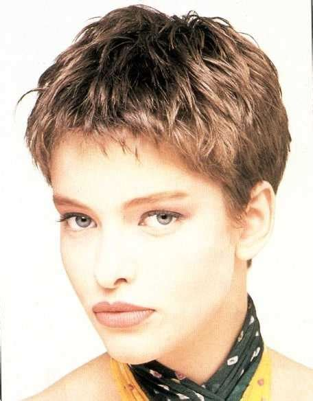can you have a choppy pixie cut on a heart shaped face 60 best 90 s hair images on pinterest bobs short bobs
