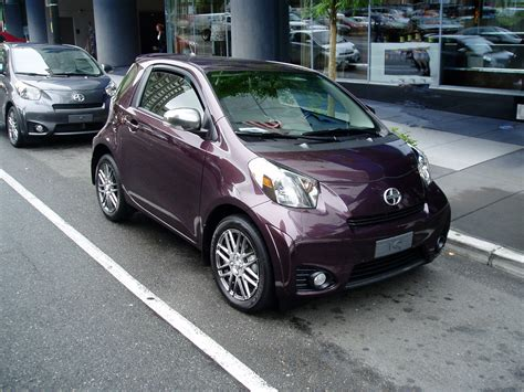 Groove Toyota Scion 2012 Scion Iq Micro Subcompact Real Smart Car Design