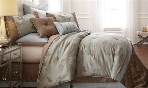 King Comforter Sets Groupon by 8 Jacquard Comforter Set Groupon