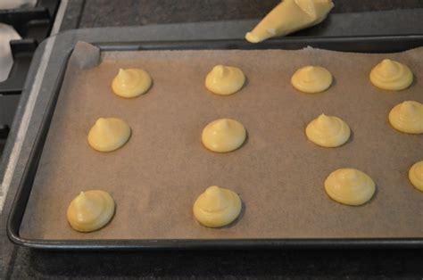 pannenkoeken meel of bloem koken en bakken met meel bloem of granen als basis