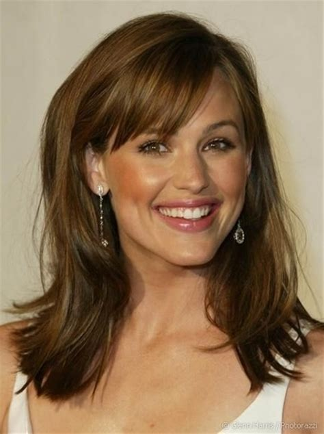 Shoulder Length Hairstyles With Bangs by Shoulder Length Hair With Bangs Hairstyle 2013