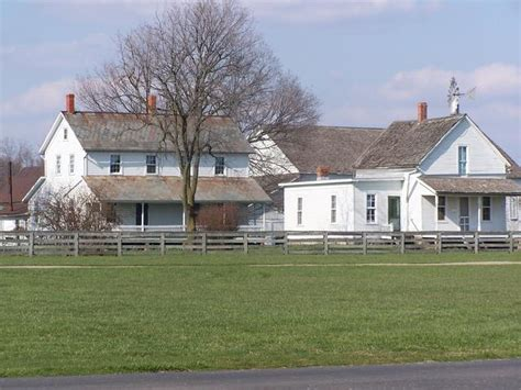 amish farm and house amish farm house at amish acres by knightrider photo weather underground