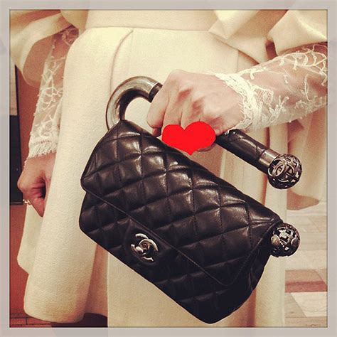 Bag Snob Pop Quiz The Bag Snob A Selective Editorial On Designer Handbags Authentic Designer Purses And Leather Bags by Fashion Instagram Accounts Popsugar Fashion Australia