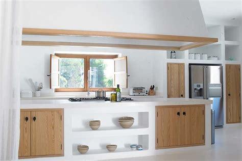 ante cucina muratura foto cucina in muratura con ante in legno di