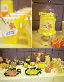 Classic Winnie The Pooh Party Decorations Winnie The Pooh Baby Shower Ideas And Games Baby Shower