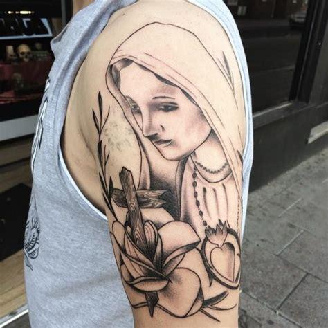 tattoo jesus cristo na mao 65 tatuagens da virgem maria lindas e inspiradoras