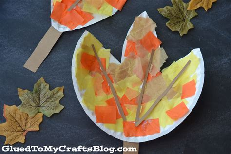 Paper Leaf Craft - paper plate leaf kid craft