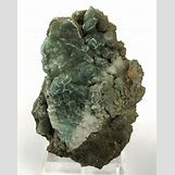Bauxite Mineral   634 x 800 jpeg 107kB