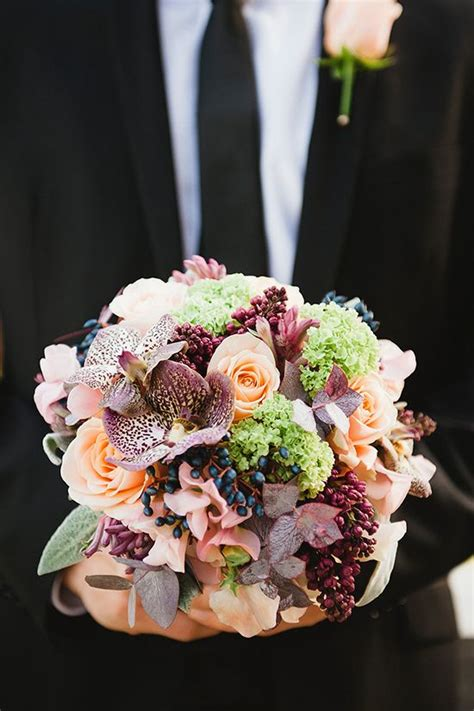 steal worthy fall wedding bouquets deer pearl flowers