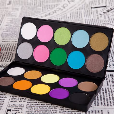 Make Up Kit Mac Colourful Matte Lipstick new professional fashion 20 color shimmer matte layer eye shadow palette cheap makeup