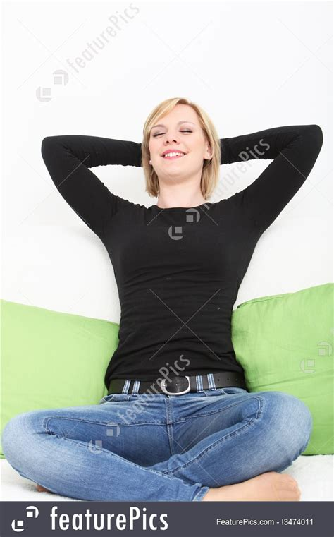 photo  woman sitting  relaxing