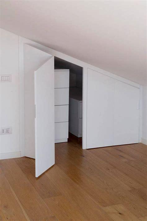 ante a soffietto per armadi armadi per mansarde con travi design casa creativa e