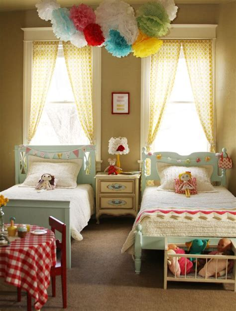 girls bedroom colors adorable little girls shared room love that the beds