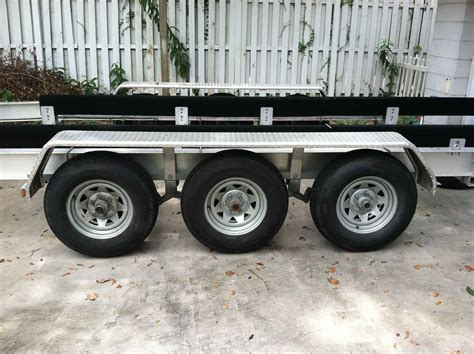 boat trailer triple axle used triple axle boat trailer for sale the hull truth