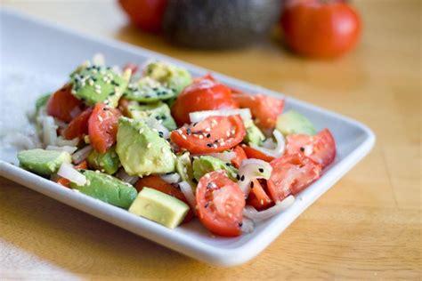 olio di avocado per cucinare ricetta insalata di pomodori e avocado fidelity cucina