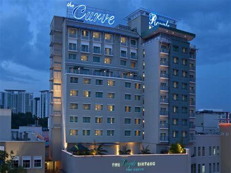 agoda qliq damansara hotels near by