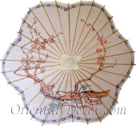 Paper Umbrellas :: Scalloped Chinese Parasol