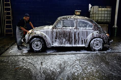 Iplayaz Vw Beetle Car Rocks Along With Your Tunes by 10 Tips For Cleaning Your Car Like A Pro