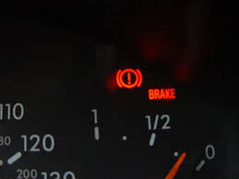 mercedes brake light warning uk motorists unable to identify brake warning light