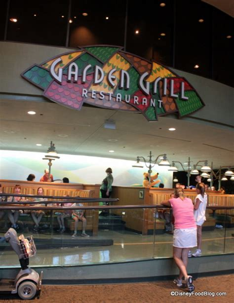 Garden Grill by Review Epcot S Garden Grill Restaurant The Disney Food