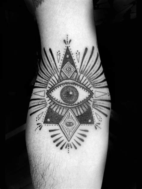 eyeball in ditch custom tattooing minka sicklinger all knowing eye ditch