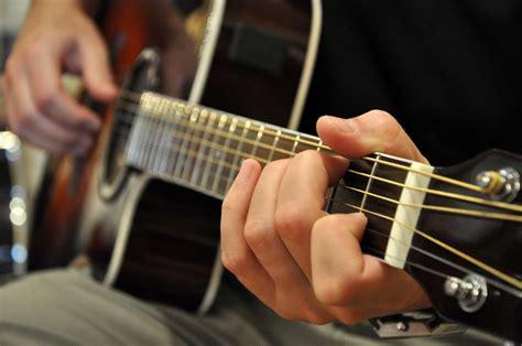 Guitar Lessons Guitar School Start The Guitar Guitar