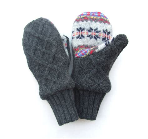 lined mittens knitting pattern felted wool mittens fleece lined gray charcoal gray cable knit