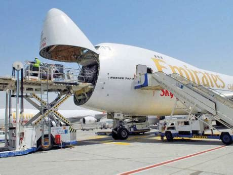 uae s air freight market to grow at 4 8 between 2017 2021 gulfnews