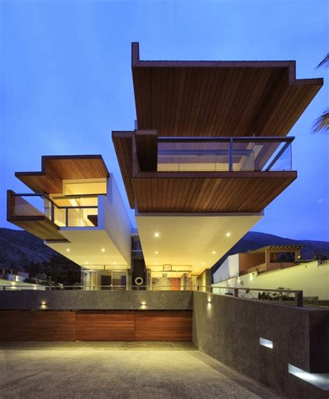 extreme houses unusual extreme modern house by longhi architects