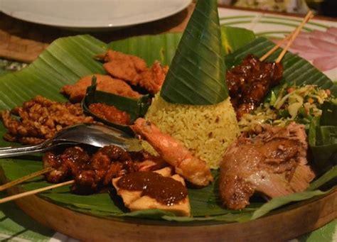 mini indonesian rijsttafel  cafe lotus restaurant
