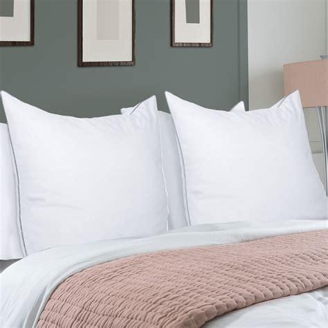 oreillers plumes d oie lot de 2 oreillers confort plume d oie 60x60 cm anti