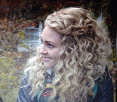 annasophia robb hair curly annasophia robb love her curly hair hairhairhair