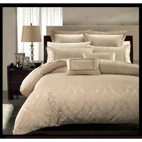 blowout bedding r t 7pc hotel collection duvet cover set sarrie