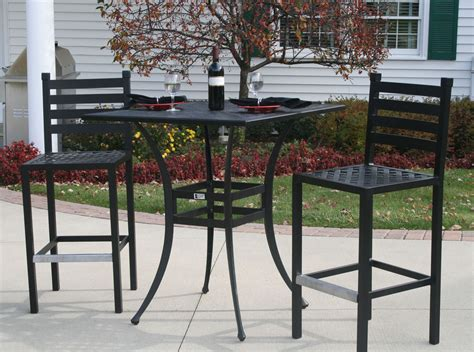 Ansley Luxury 2 Person All Welded Cast Aluminum Patio Patio Table And 2 Chairs