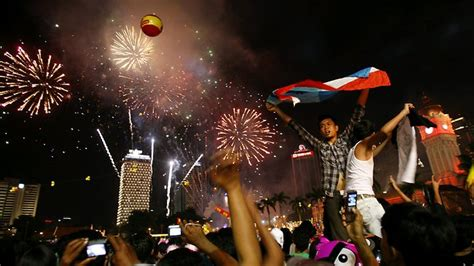 new year in malaysia date world rings in new year