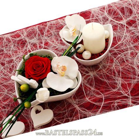 Tischdekoration Hochzeit Rot by Tischdeko Hochzeit Rot Wei 223 Klassisch Mit Pr 228 Pariert