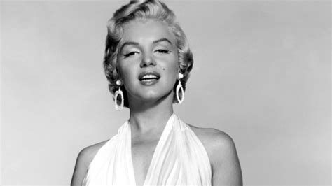 monroe s marilyn monroe s love letters are going up for sale